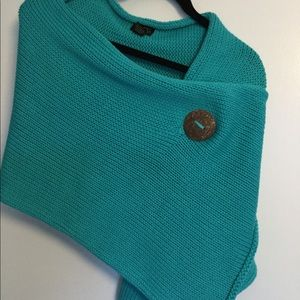 NWOT | Pure | Turquoise | Button Wrap | One Size